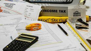 Le tasse strozzano il tuo ristorante? Cambia commercialista.